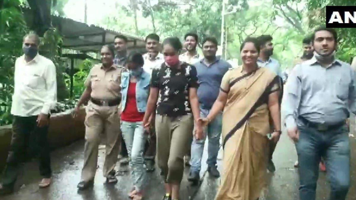 Lockdown में खर्चे को नहीं बचे पैसे तो 'सावधान इंडिया' की 2 एक्ट्रेस ने लूट लिए लाखो रूपये