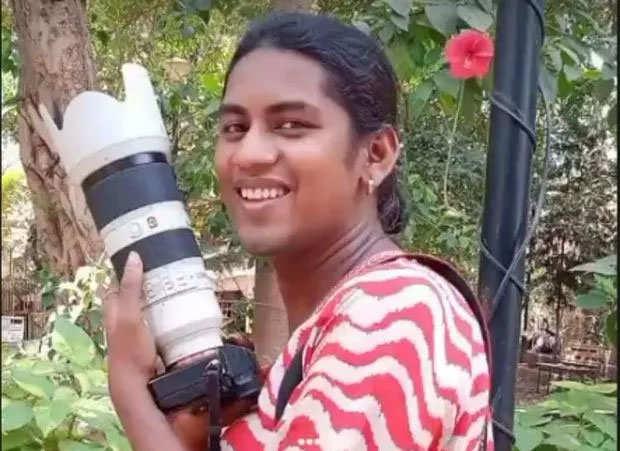 दर्द! जोया भारत की पहली ट्रांसजेंडर फोटोग्राफर है, लेकिन नौकरी-पैसा के लिए हाँथ फैलाने को मजबूर!